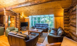 mens-house-cedars-living